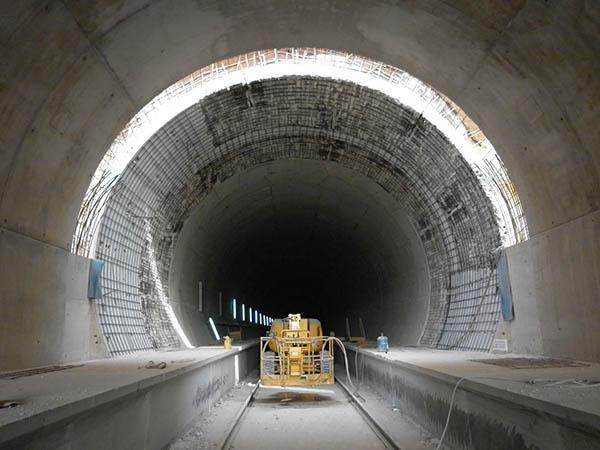 Hidrodemolición y reparación túneles