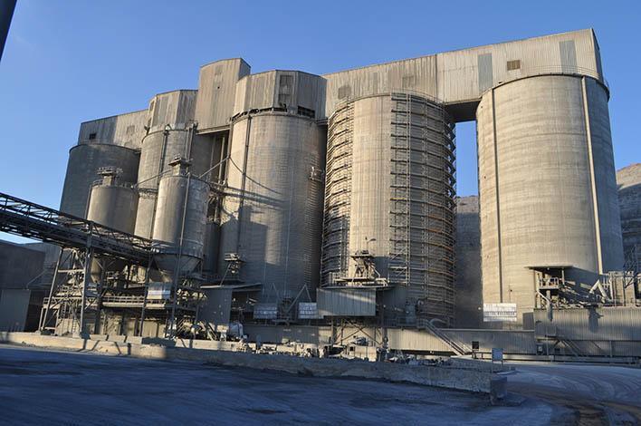 Reparación y refuerzo silos hormigón