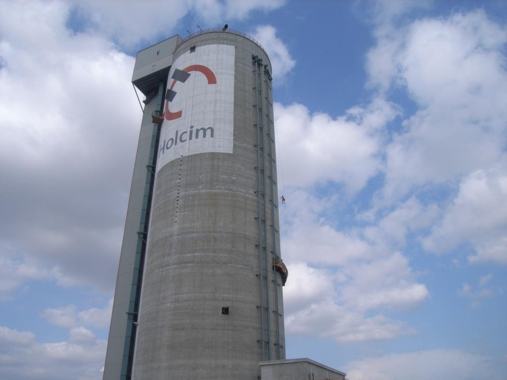 Reparación en Holcim